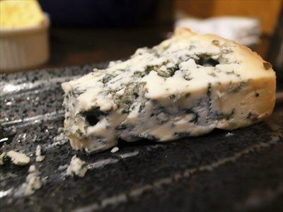 """世界三大チーズ""""ゴルゴンゾーラ""""とは?"""